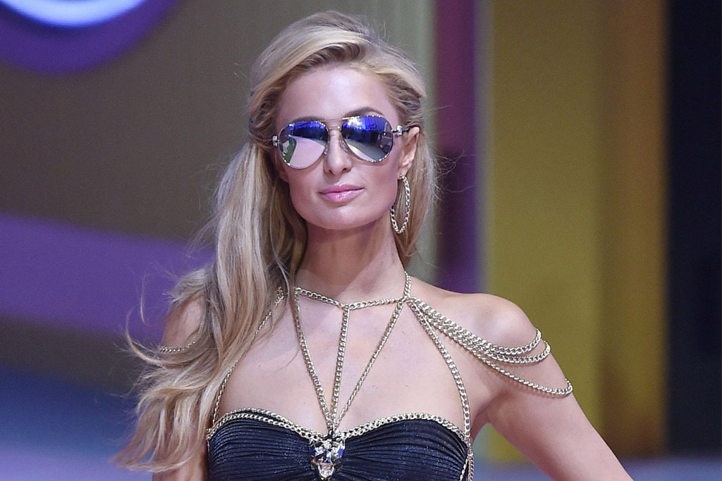 paris-hilton-milan-fashion-week-spring-2016-philip-plein-02